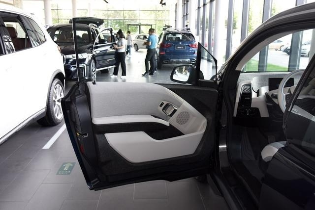 i3,宝马优惠最狠的一款车,好像就不是给普通家庭准备的