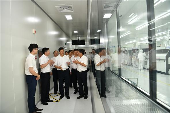 5-参观智新半导体IGBT生产线.jpg